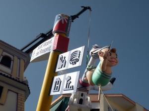 señal de pueblo - town signpost